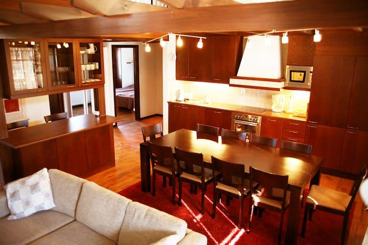 Apartments Anna, luxus huoneisto ryhmälle
