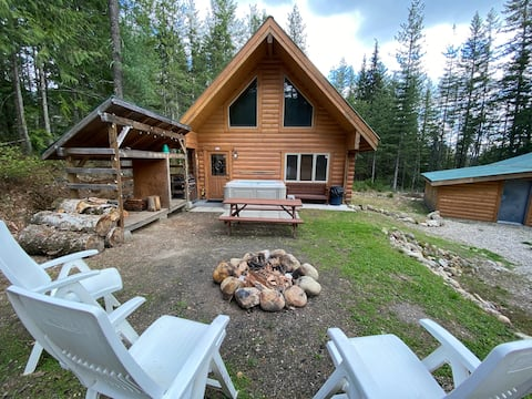 Eagle Pass / Perry River Log Cabin Chalet