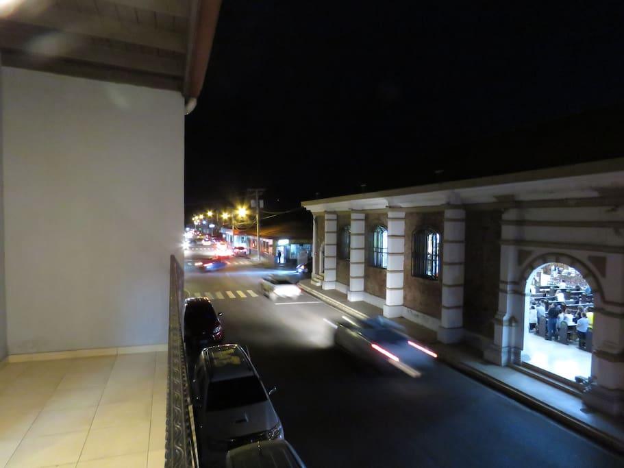Balcón/Balcony