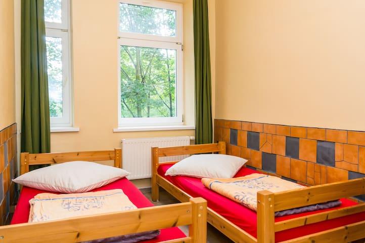 1 Bett im 4-Bettzimmer