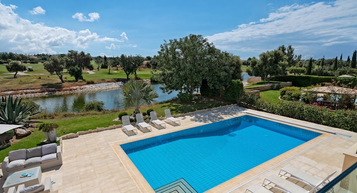 Villa Poseidon with great outdoor space and views