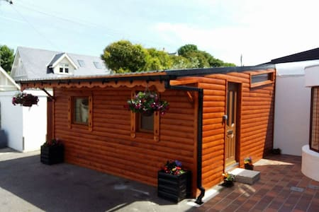 Log Cabin,heart of Dalkey,Co.Dublin