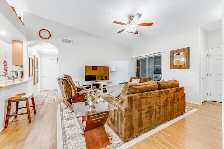 Ideal Desert Gem w/ Shared Pool/Hot Tub, Private Balcony, Central A/C, & WiFi!