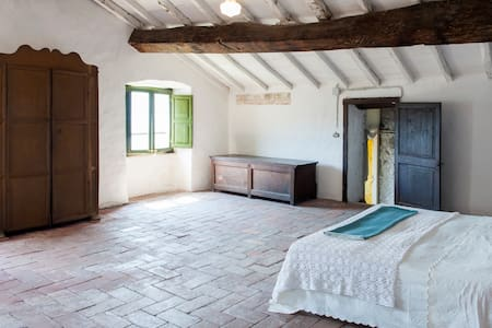 Traditional Tuscan Apartment  - Massa