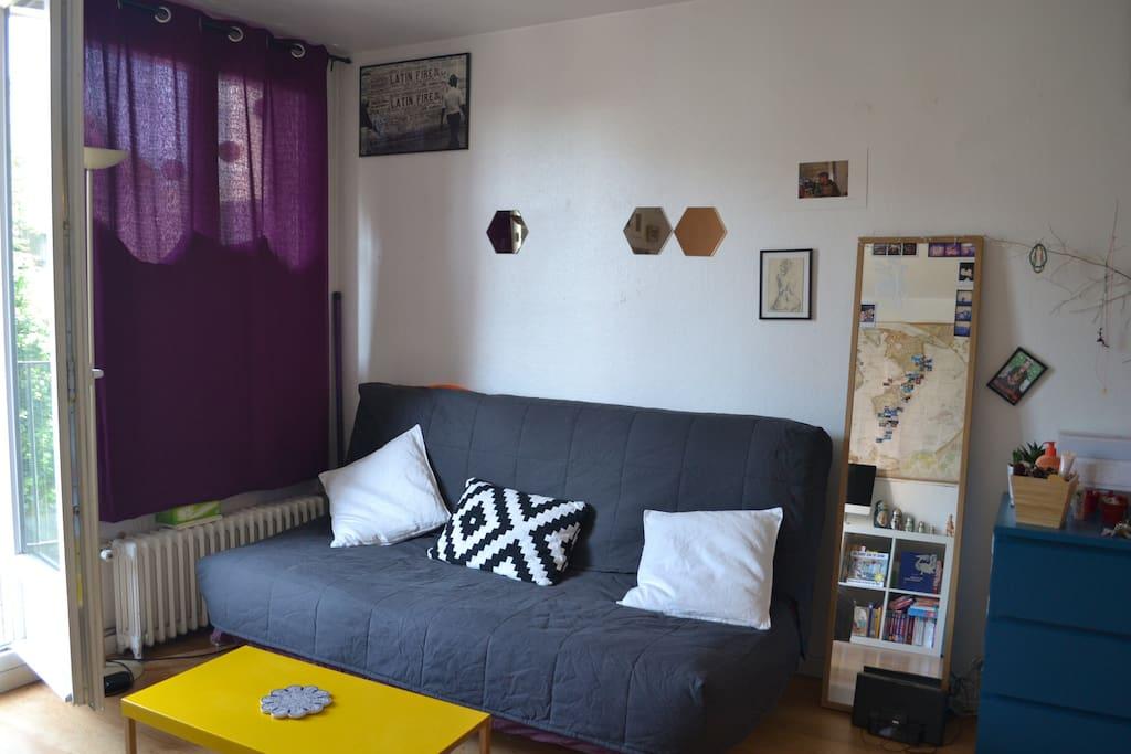 canapé/lit clic-clac très confortable, dépliable en 1 min
