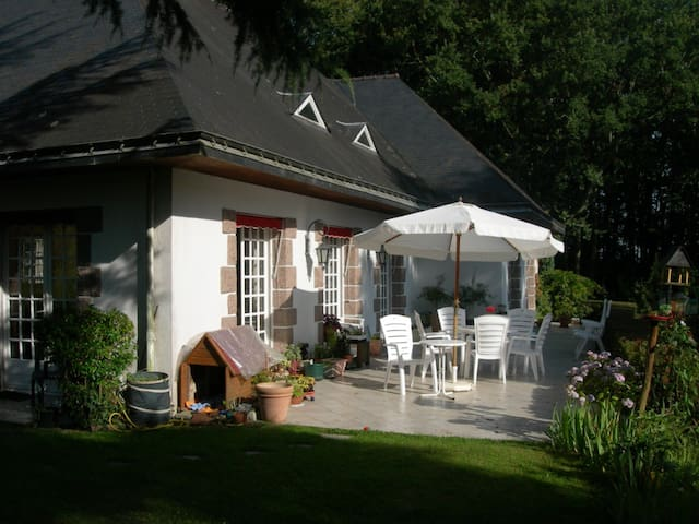 a little corner of Brittany - Saint-Jean-la-Poterie - House