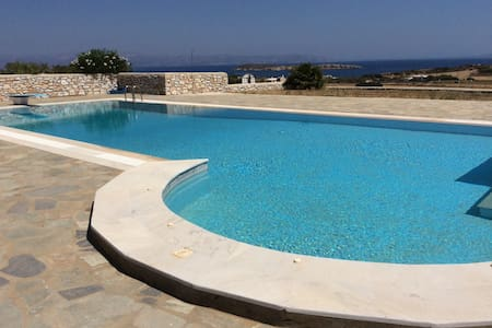 Detached house in complex with pool - Aspro Chorio