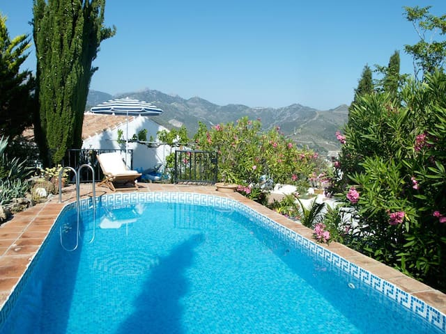 Andalucian Mountain Finca with Pool - Canillas de Albaida