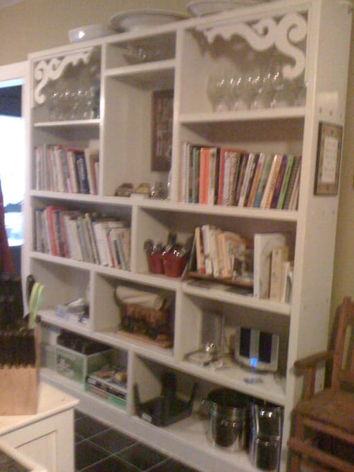 The kitchen bookcase, perfect for cookbook lovers!