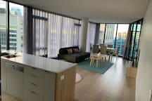 Newly settled 3 Bedrooms Apartment @Sydney CBD