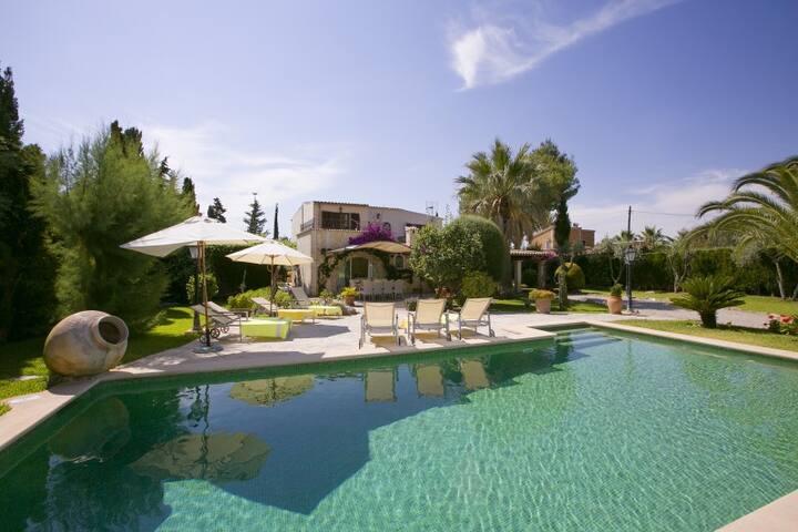 Preciosa Villa con espacio para 10 personas