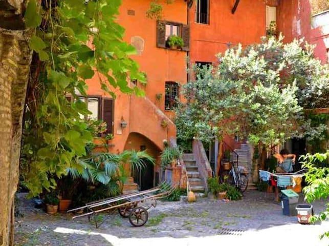 Exclusive in Rome! Arco Degli Acetari - Apartments for ...