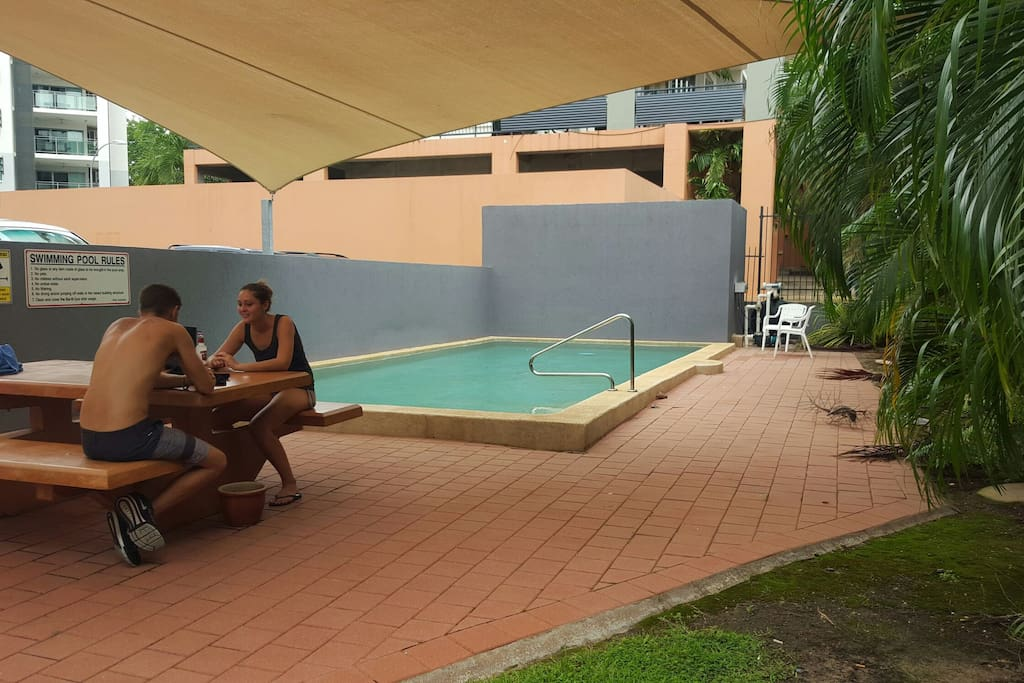 Swimming pool - covered entertaining area
