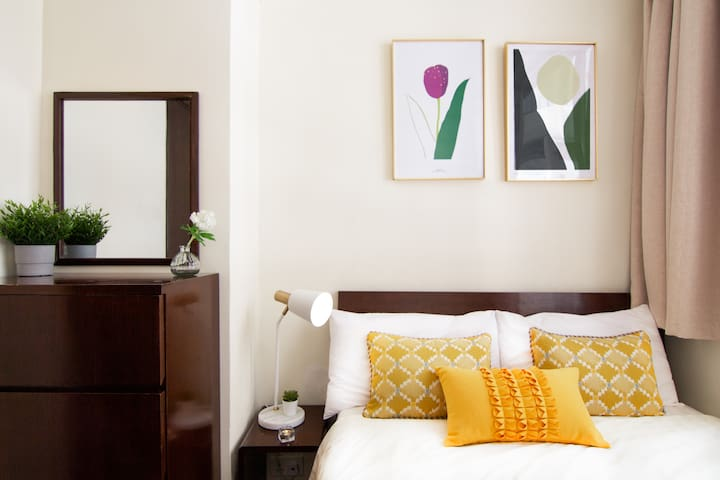 New Serviced Apt, Affordable price, 2min to MTR