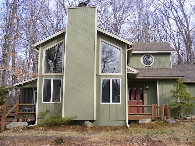 Pocono Lake Harmony Home on 2 acres