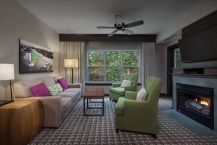 Marriott Fairway Villas, Galloway, NJ, 2bd max 8