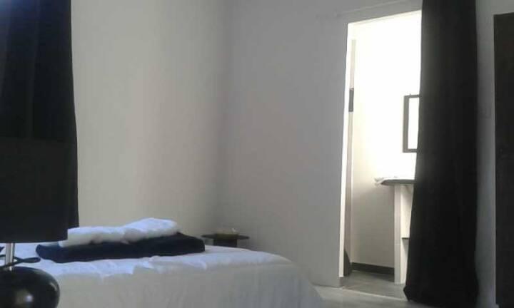 """Chambre """"noire"""", chambres d'embiane"""
