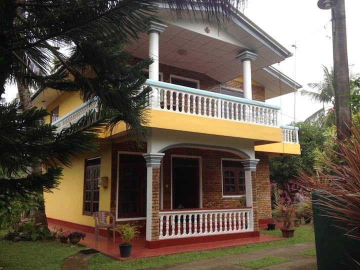 4 Bedroom House in Hikkaduwa