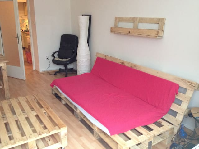DIY Couch from pallets