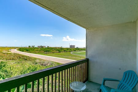 One Block From Beach at Seabreeze Suites - Port Aransas - Társasház