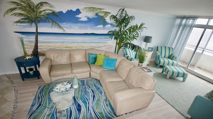 8M Amazing Ocean Front 2 bedroom