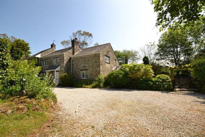Large Country Cottage in beautiful surroundings.