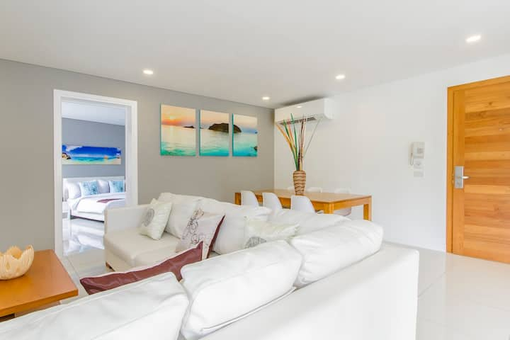 2 Bedroom Serviced Condo Samui (Horizon Residence)