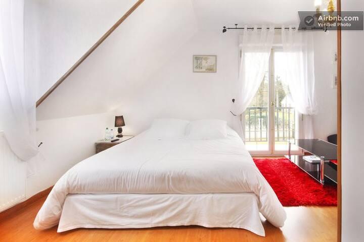 Les chambres du Lac. Nid d'amour - Forges-les-Eaux - Bed & Breakfast