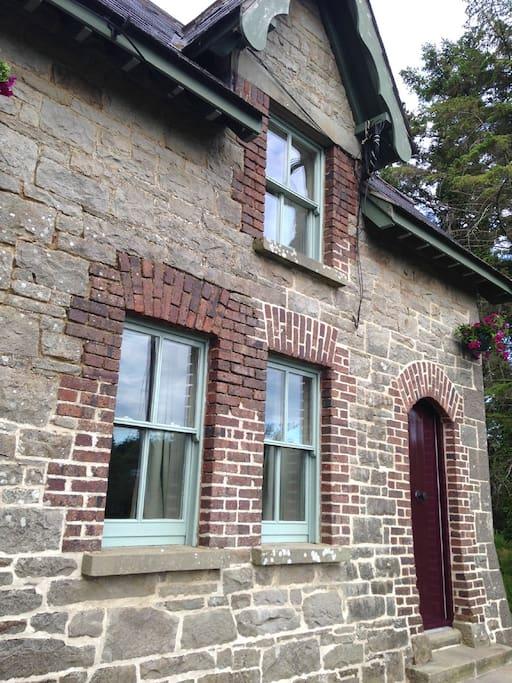 original cut stone with red brick