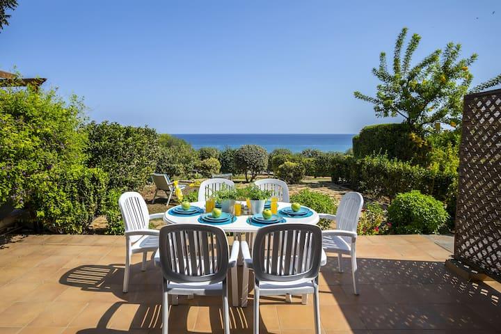 Sirina Lina Beachfront suite, Romantic Sea View,