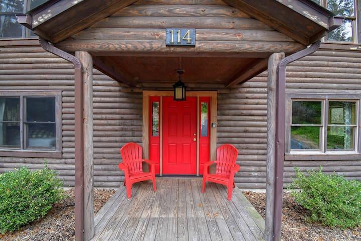 The Washington #114 -The Cabins at Lexington