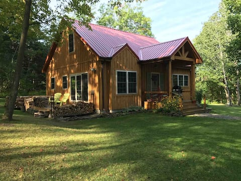 Amazing cabin in wine country!  Pet friendly!