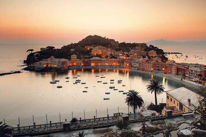 """Favoloso""""Pied dans l'eau""""tra Portofino e 5 Terre - Sestri Levante - อพาร์ทเมนท์"""
