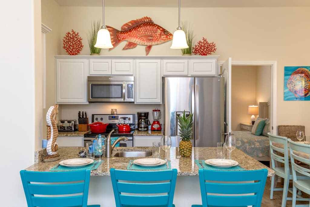 Big kitchen peninsula now with 4 swiveling bar stools for chatting with the cook!
