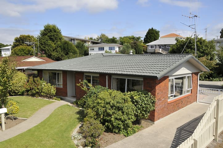 In the heart of NZ's Sunshine Coast