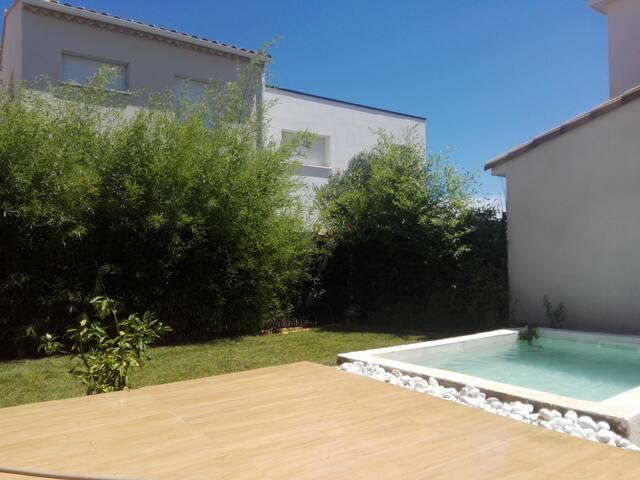 Maison avec mini piscine pour vacances en famille