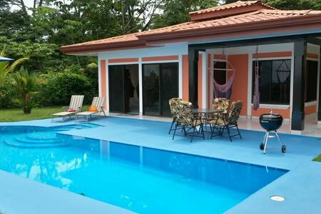 Casa Cereza, Ocean View with Pool - Ojochal - House