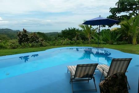 Casa Cereza, Ocean View with Pool - Ojochal