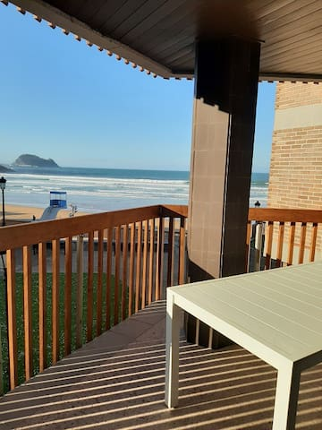Egona MUS9 Espectacular 1ª Línea Playa-piscina