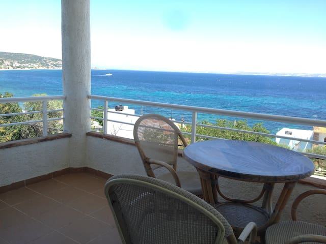 Sea View apartment in Chios 2