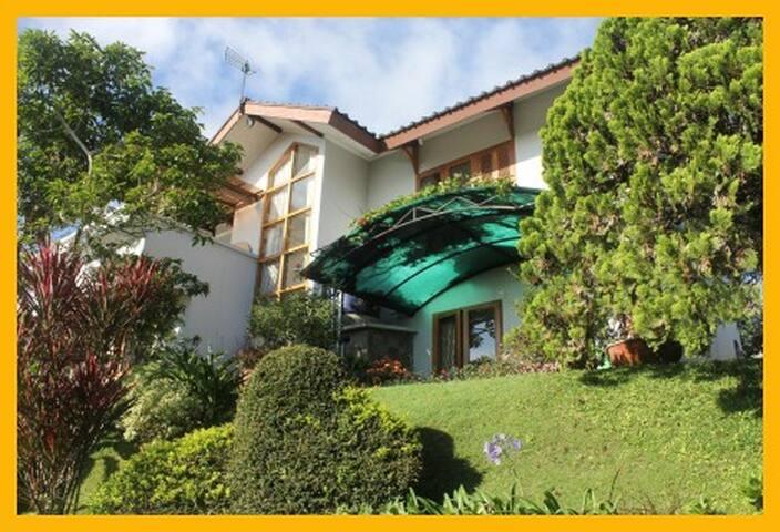 Buena Vista at Puncak - Cisarua - House