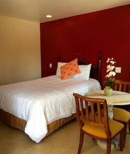*NEW* Flamingo Motel Suite #111 - Lynwood - Flat