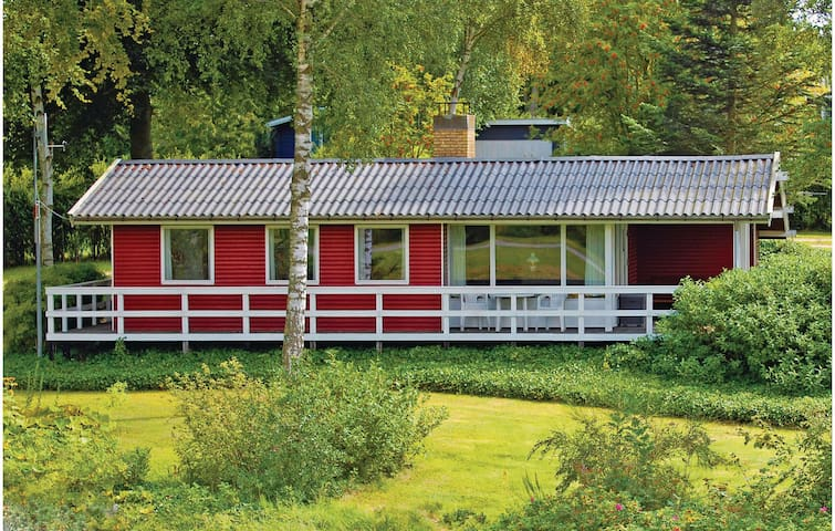 Holiday cottage with 3 bedrooms on 65m² in Ebeltoft