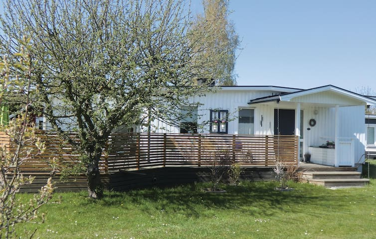 Holiday cottage with 3 bedrooms on 80m² in Köpingsvik