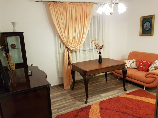 Rent Holding - Classy - ultra-central in Iasi