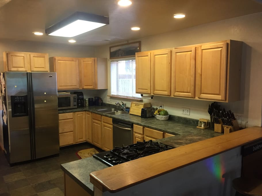 enjoy a fully equip kitchen. Please clean up when finished