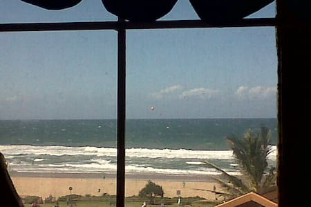 Stunning views apartment on Winkelspruit beach - Kingsburgh - Huoneisto