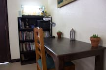 Shared space: The work desk