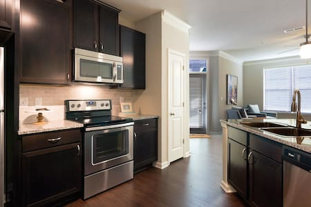 2016 Brand New Apartment with all amenities - Augusta