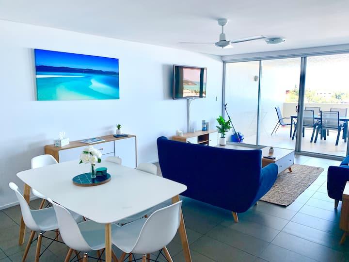 🏝Ultra Modern, SeaViews, Wifi, 2 Pools, Free Wine🏝